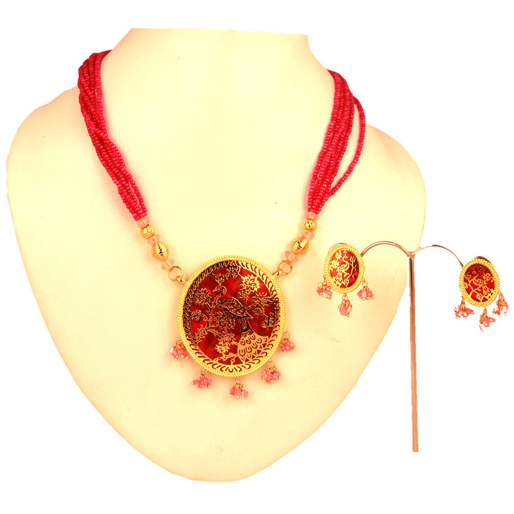 Circular red thewa pendant set