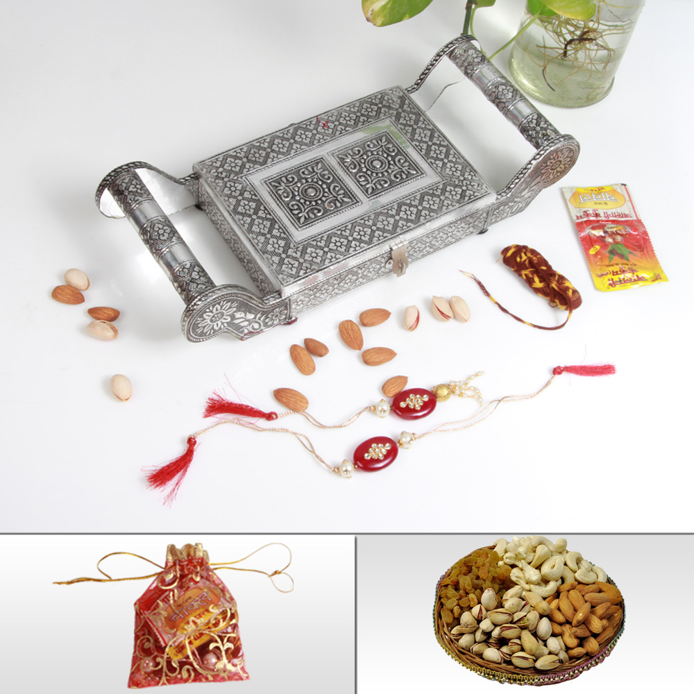 Online Rakhi Delivery Inclusive Oxodised Partitioned Tray, Rakhi, Dry Fruits