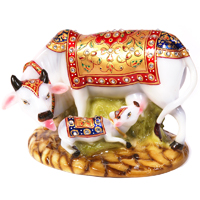 Decorative cow and calf statue made of soft marble fiber for a vastu makeover