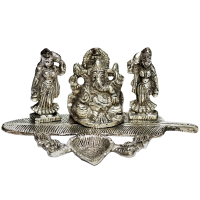 Oxidized Ganesh with Ridhhi Sidhhi Figurines