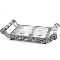 Oxidized tray with handles on both sides