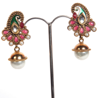 Studded colourful pair of earrings