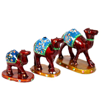 Traditional Wooden Camel Set As Showpiece For Drawing Room